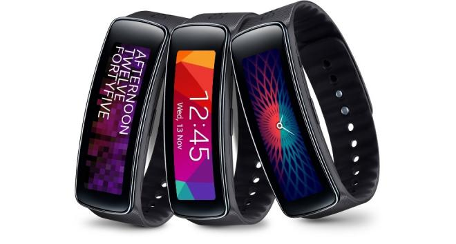 В Samsung Gear Fit установлена собственная операционная система